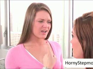 Abby kereszt és diamond foxx pounded és sharing elélvezés
