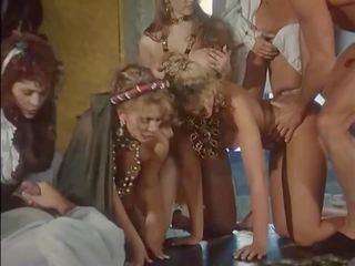Decameronx 3 - remastered, nemokamai analinis hd porno 20