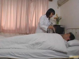 Orientální lékař pacient porno vid