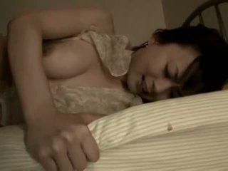 Ιαπωνικό μητέρα που θα ήθελα να γαμήσω warmed επάνω για μερικοί σκληρό πορνό δράση