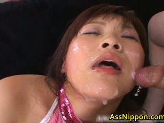Haruka andou asiatiskapojke tonårs slampa gives