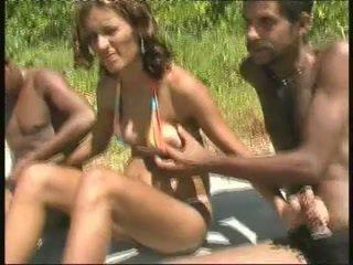 Braziliaans zwanger hoer gangbang