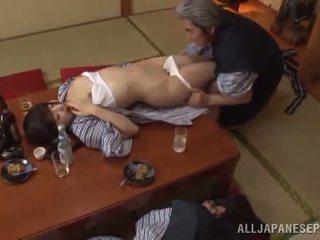 Sleaze arisa has dia jepang madu pot shaged oleh dewasa guy