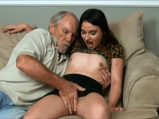 Amy faye - i did a very old man and daddy almost tutulan us