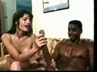 Melnas guy ar milzīgs loceklis fucks baltie mazulīte