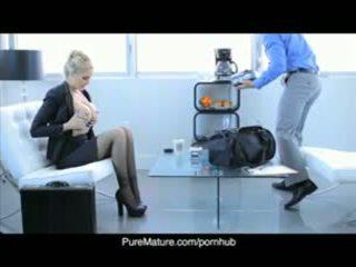 Бізнес Жінка