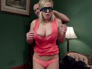 Мащеха и дъщеря оферта disobedient holes - порно видео 401