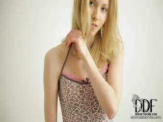 Doux camila strips & seduces