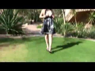 Danielle ftv modele flogging viņai sārts jelly bean