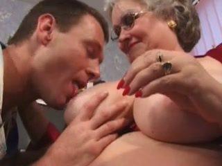 Buik op deze groot, groot oma