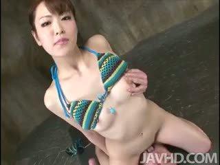 Ejaculações faminto tomoka sakurai rides dela lovers rosto até ela