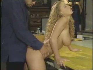 Lydia pirelli é um sexy alemão caralho