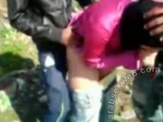 Arab sex v hijab outdoors-asw922