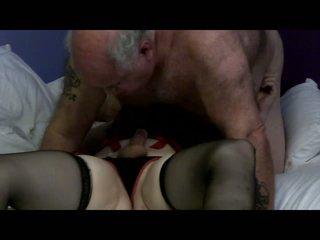 Krūtainas blondīne tranny mutual sekss ar guy