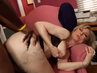 Nina hartley ride en svart kuk video