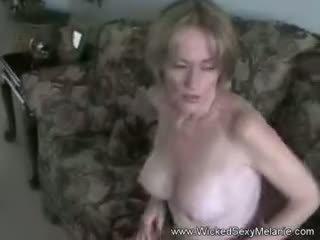 Mutter lets schritt sohn tun sie körper