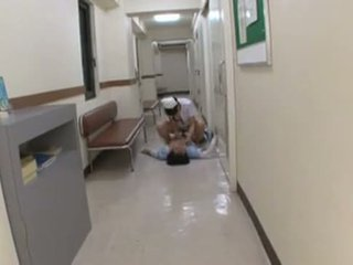 日本語 護士 assults 病人