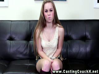 Bubbly brunette op de castingcouchx