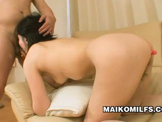 Junko konno japanska momma experiencing dual kön