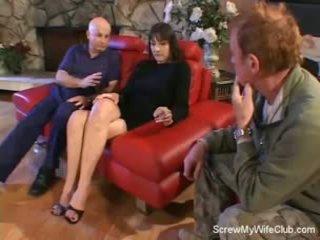 زوجة screwed في ل أحمر أريكة