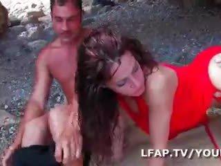 Double analinis pilti cette brunetė francaise