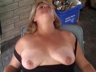 Heather sa ang patio: Libre inang kaakit-akit hd pornograpya video 1d