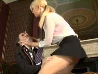 Britannique écolière sluts katie et jess