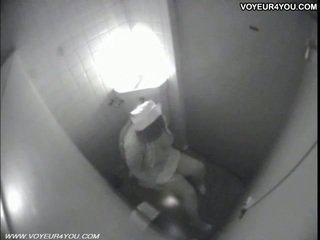 Záchod masturbation secretly captured podle spycam