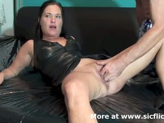 brunete, squirting, orgasmu