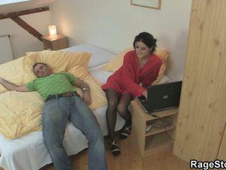 एंग्री सेक्स nearby उसके चीटिंग crotch