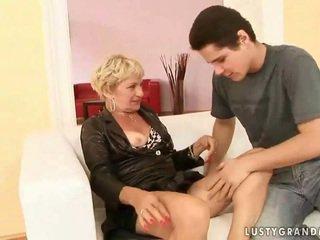 Grandmother porno kogumik