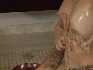 Francūzieši masseuse katsuni gives alan hardcore nuru masāža