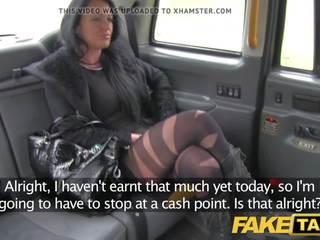 Fake taxi lokalna spremljevalka fucks taxi man na ji način da a