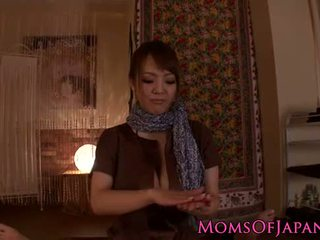 Hitomi tanaka gives sensuale pov masazh