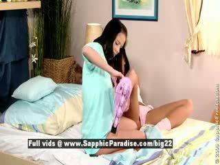 Jess und dara aus sapphic eroticalesbian mädchen licking