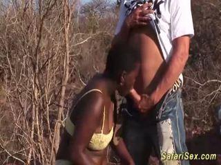 Afrykańskie głębokie gardło safari orgia <span class=duration>- 12 min</span>