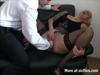 Brutala fist knull squirting orgasms