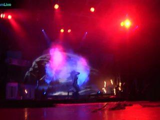 Etapă performer dorothy negru going toples și joc