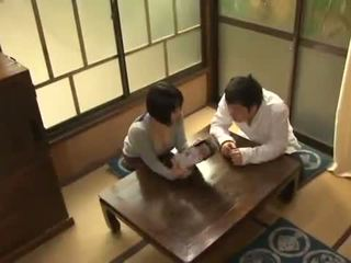 Yuuki maeda has її oustanding правда цицьки fondled і squeezed