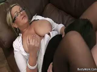 grote borsten, bbw, kindje
