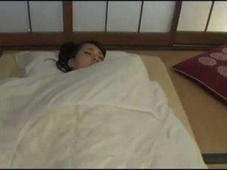 Красуня японська дружина - masturbation