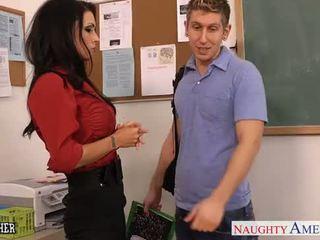 Rondborstig seks leraar jessica jaymes neuken in klasse