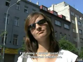 Nadržané české cutie romana satie vták v the park