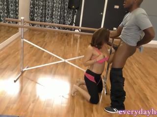 Pussy Workout For Hot Dancing Girl