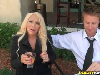 Blonde Mum Id Like To Shag Alexis Diam...