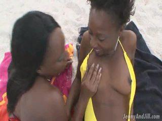 Kenyasweetz_jaycinstar