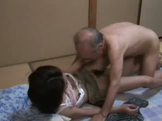 Japonais grand-père ravishing ado neighbors fille vidéo