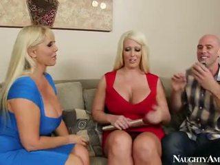 Karen fisher と alura jenson sharing a コック