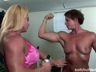 Bodybuilders sisse heat: jõusaalis porno koos kuum põõsas