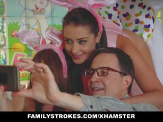 Familystrokes - น่ารักน่าหยิก วัยรุ่น ระยำ โดย easter กระต่ายบันนี่ ลุง